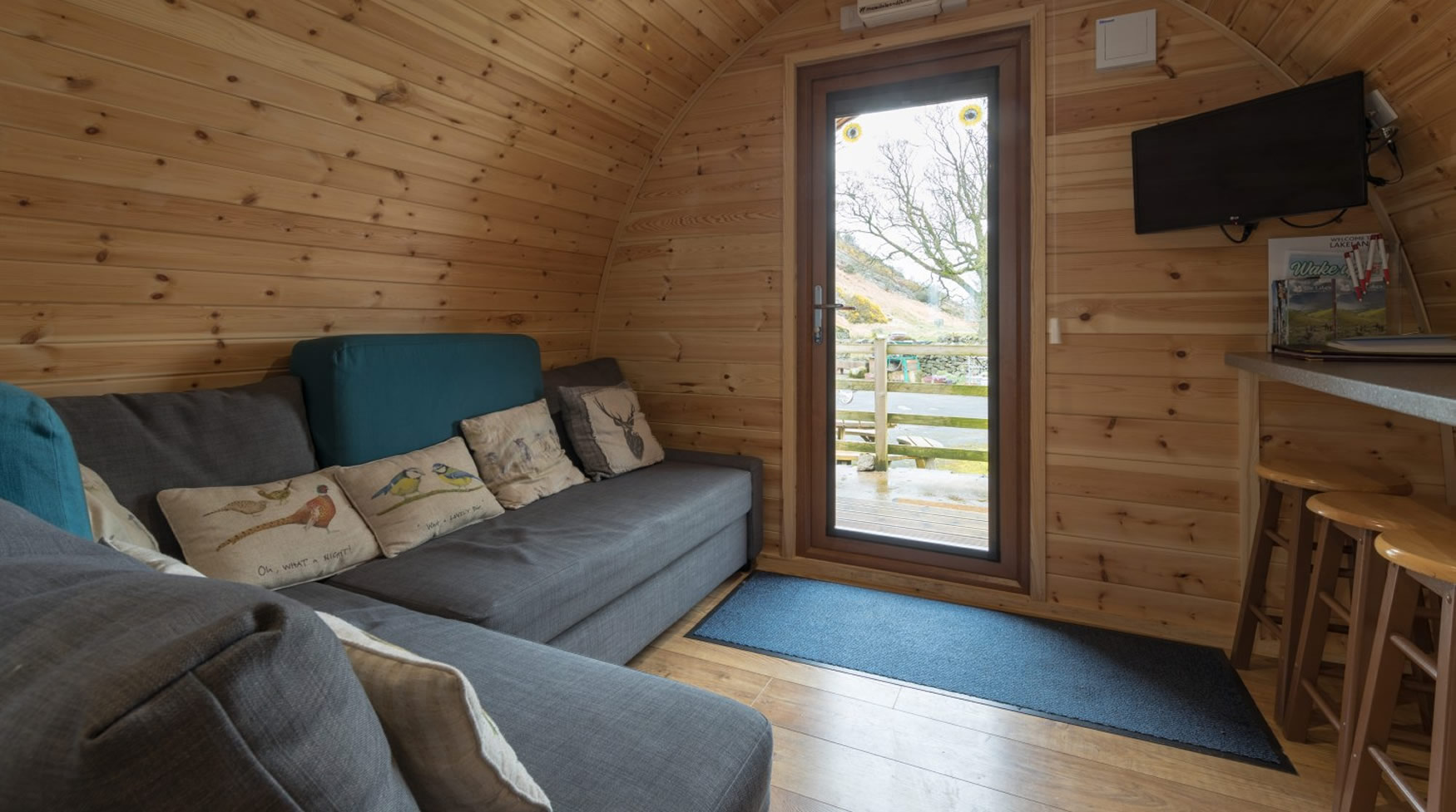 lakedistrictglampingpod-comfy-seating