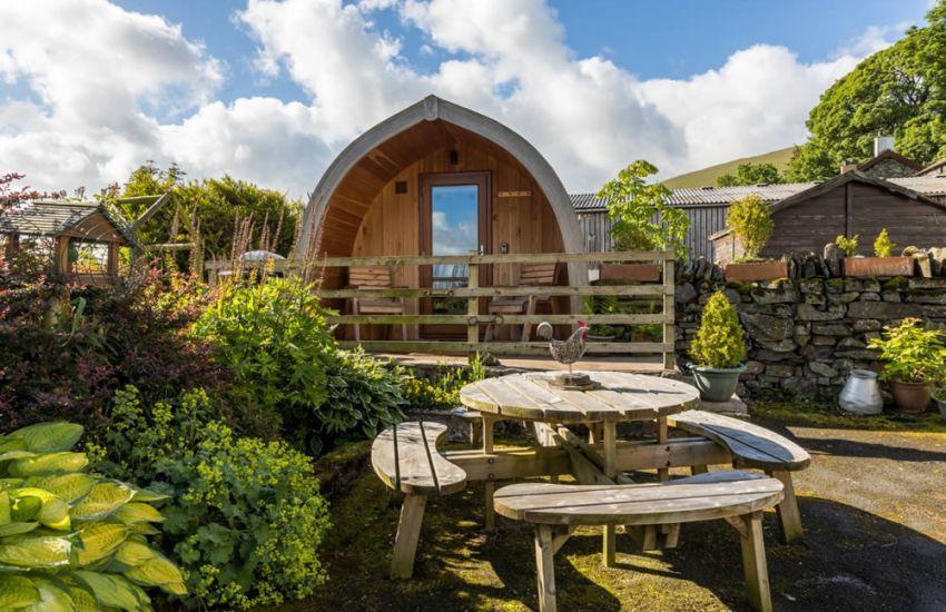 Lake District Glamping Pod near Keswick | Mosedale End Farm